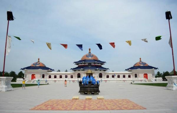 Genghis Khan Mausoleum2